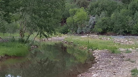 Dolores River Campground and Cabins: Water view