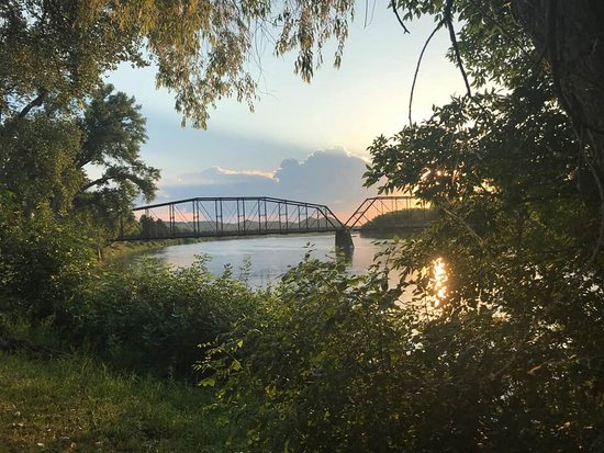 Fort Benton pedestrian bridge over the Missouri River