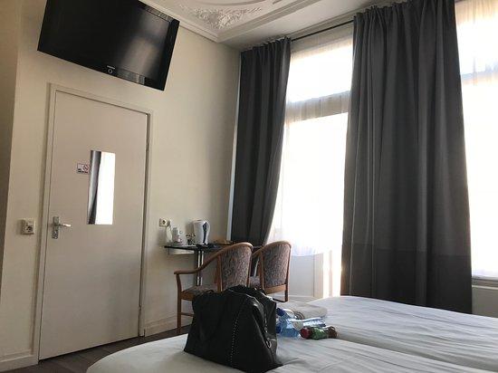 호텔 티 소네후이스