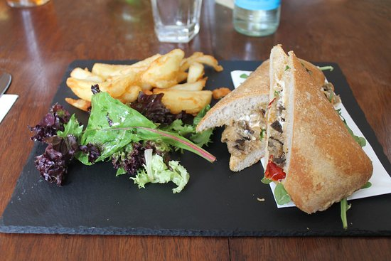 The Kicking Donkey: Panino Mediterraneo