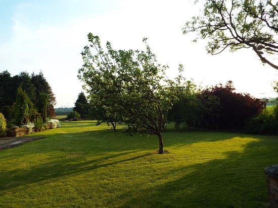 Larbert, UK: Gardens