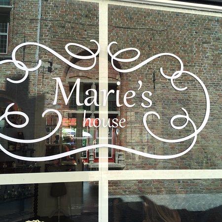 Marie's House لوحة