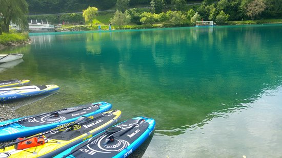 Tolmin, Eslovenia: Most na Soči lake