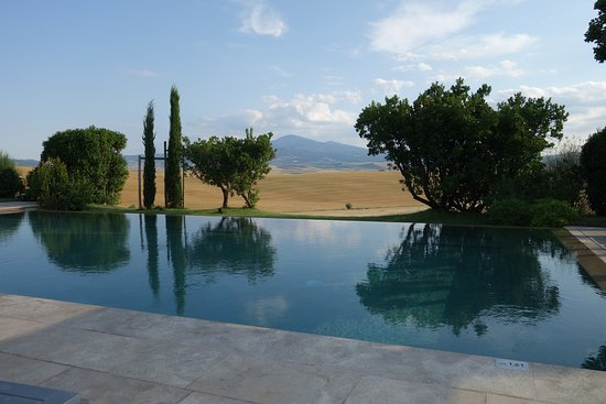 L'Olmo: View from pool