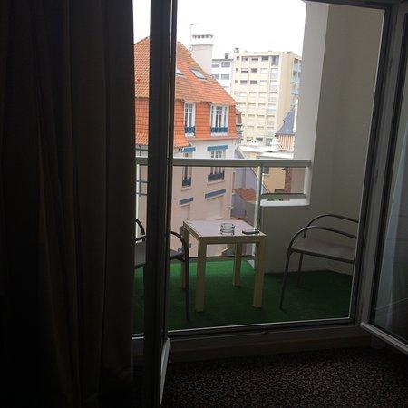 Hotel Bristol : Hotel Room