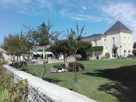 Saint-Medard-d'Eyrans, Francja: Le domaine