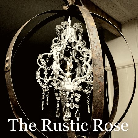 ‪The Rustic Rose‬