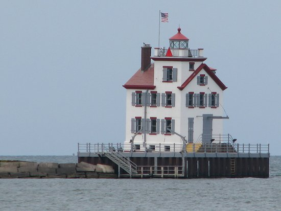 ‪Lorain Harbor Light (Lighthouse)‬