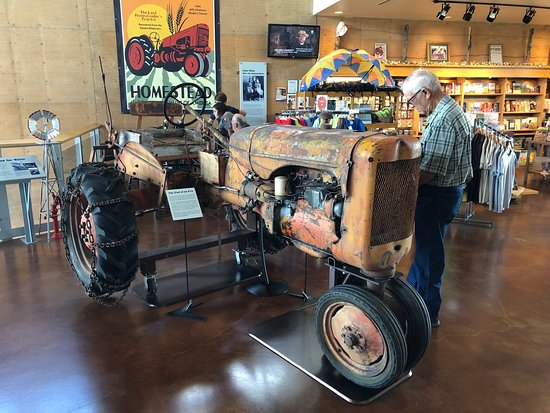 Beatrice, NE: Last tractor provided by Homestead Act