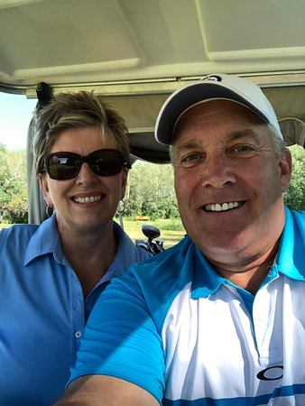 Swan River, Canada: Golfin fun with Family!