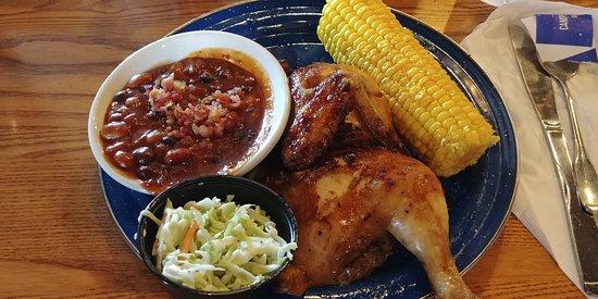 Wrentham, MA: Pollo con salsa barbacoa