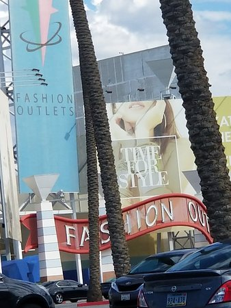 Fashion Outlets of Las Vegas: TA_IMG_20180715_164314_large.jpg