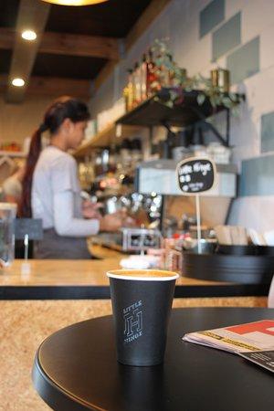 Manukau, New Zealand: Cosy Cafe in Maraetai