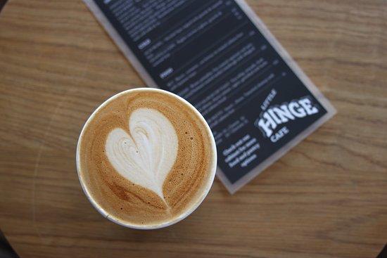 Manukau, New Zealand: Bearbones Coffee made with love