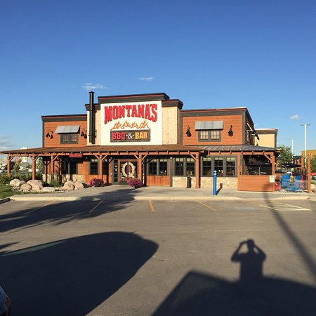 Montana S Bbq Amp Bar Winnipeg 630 Sterling Lyon Pky