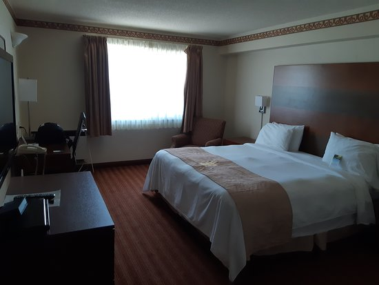 Lakeview Inns & Suites - Brandon Photo