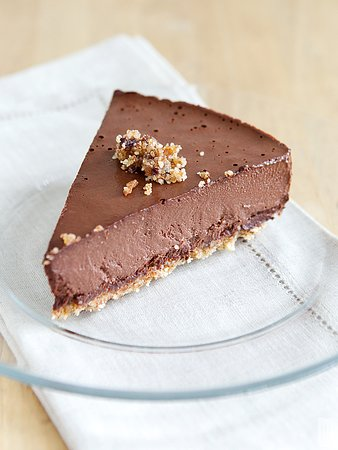 Chocolate Cheesecake made with almond milk and cashews!