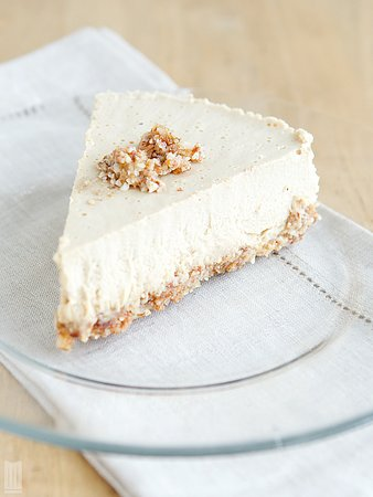 Lemon Cheesecake made with almond milk and cashews