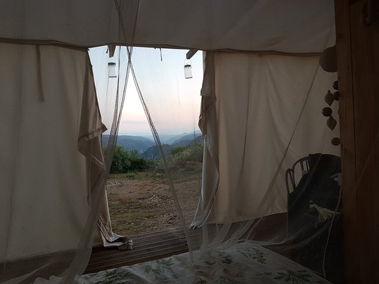 Reserva da Faia Brava: Waking up in Starcamp Faia Brava