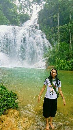 Hoa Binh Province, Vietnam: Cảnh thác