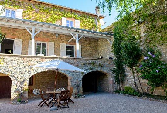 La Roche-Vineuse, France: chambres d hotes