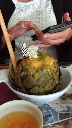 Guimiliau, Γαλλία: le fameux artichaut farci aux noix de Saint-Jacques