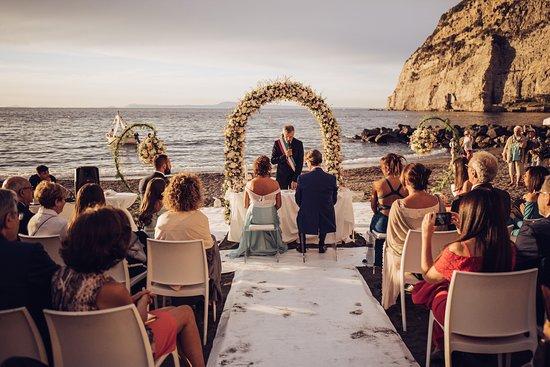 Matrimonio On Spiaggia : Matrimonio in spiaggia picture of lido marinella meta tripadvisor