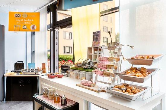 Novotel Suites Paris Roissy CDG : Buffet petit déjeuner