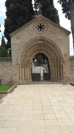 Navarrete, Spain: Portada antiguo Hospital San Juan de Acre /Cementerio