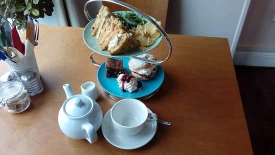 Abbots Bromley, UK: Afternoon tea