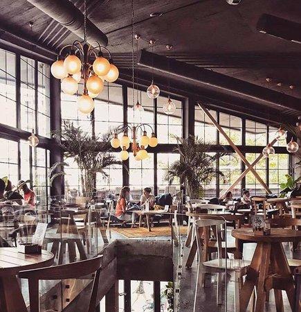 Kafeterija Fontana Beograd Komentar Restorana Tripadvisor