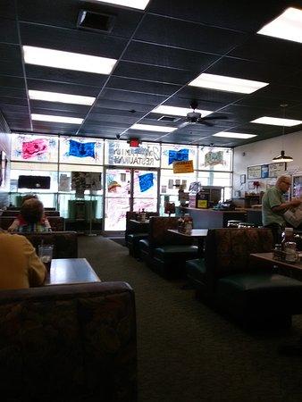 Hazleton, PA: inside John's Family Restaurant