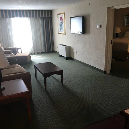 Holiday Inn Burlington: photo1.jpg
