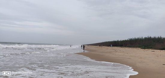 Chirala, Indien: The beach is practicaly deserted in the mornings