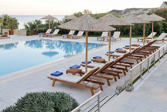 Costa Rossa Hotel