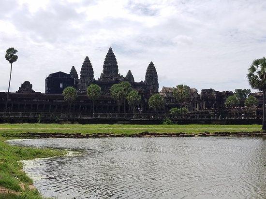 Angkor Wat: 20180611_095156_large.jpg