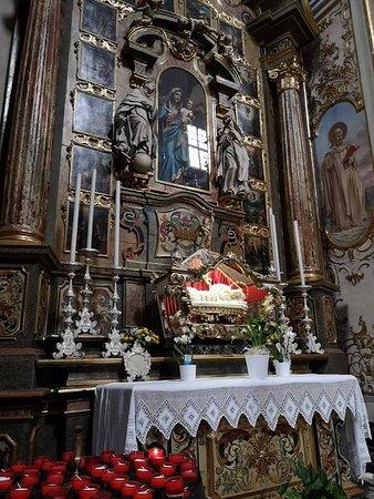 Vilminore di Scalve, Ιταλία: L'altare laterale dedicato a Maria Bambina