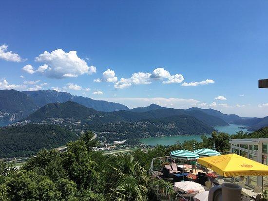 Albergo Al Ponte: View from restaurant terrace