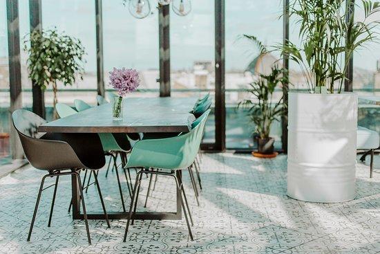 Herbārijs: Rezervē galdiņu lielākai draugu sanākšanai!