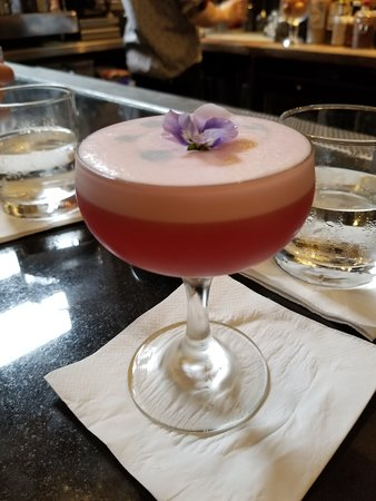 Dragonfly Cocktail Bar: Th AV Club