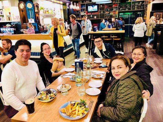 Takanini, Nueva Zelanda: We Don't Look It, But We're Starved!