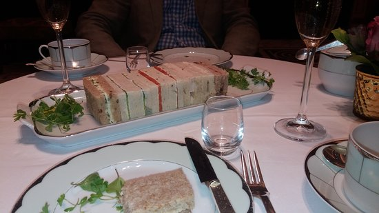 Afternoon tea at The Dorchester Hotel Photo