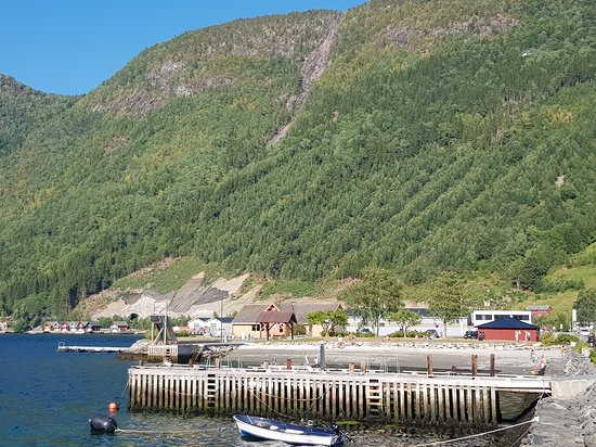 Vik Municipality, Norwegia: Closer view of the family beach 300 meters from the campsite.