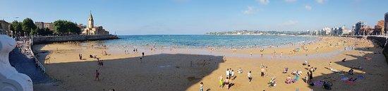 Playa de San Lorenzo: 20180710_184153_large.jpg