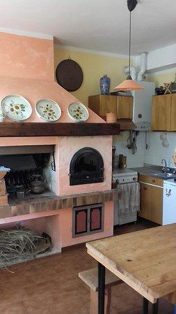 Casale Corte Cerro, İtalya: Cucina