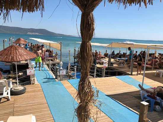 Filika Beach Club
