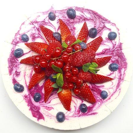 Cheesy Cakes (Cheesecake Shop): Summer Ella ella