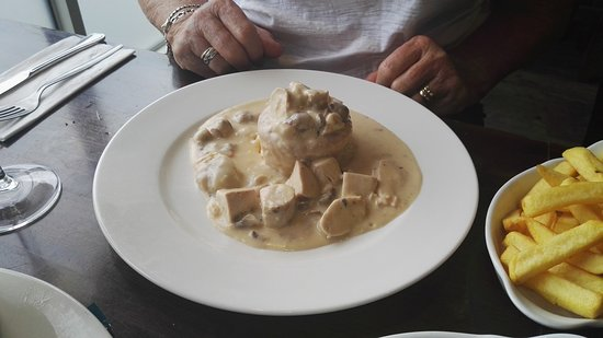 Bunclody, أيرلندا: and the Chicken vol-Au-vent which was delicious