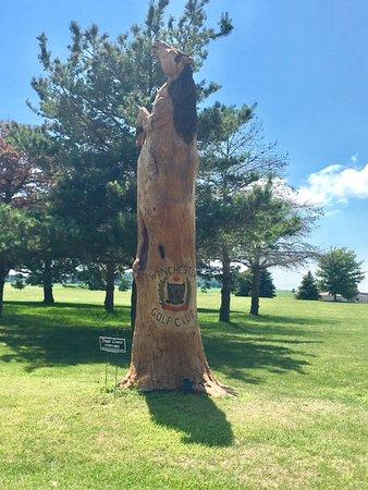 Winchester, Indiana: Winchester Golf Club statue