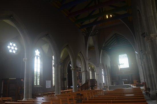 Les 7 calvaires monumentaux de Bretagne: interno della chiesa